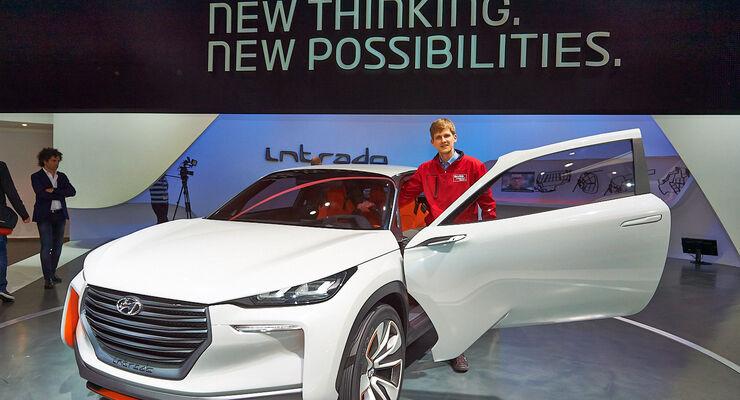 Hyundai Intrado Concept, Messe, Genf, 2014, Sitzprobe, Thomas Gerhardt