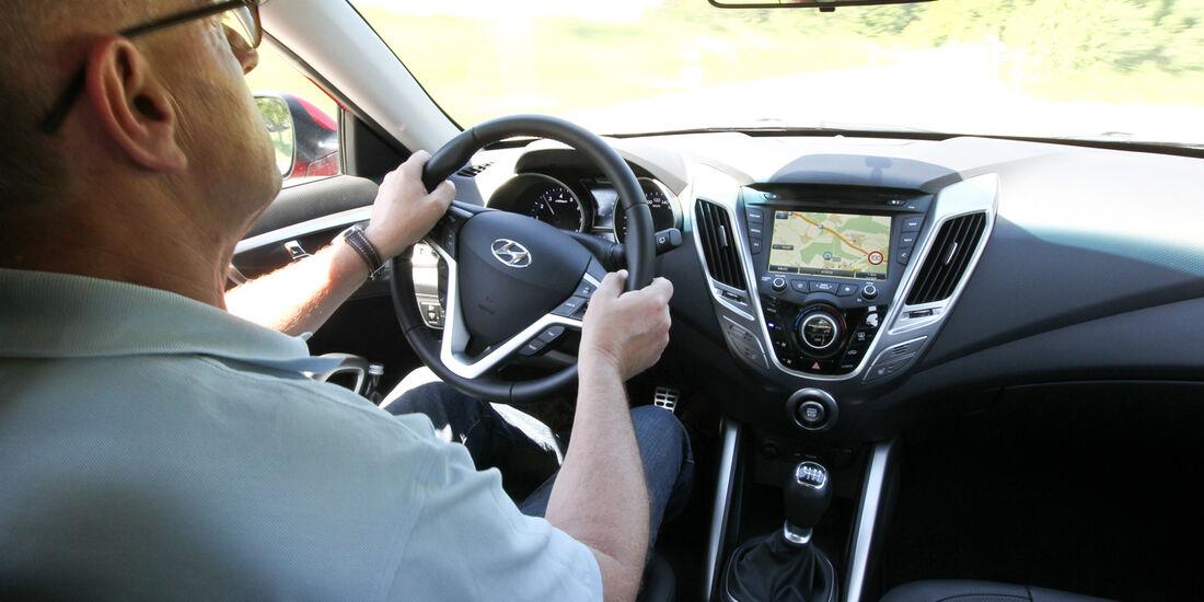 Hyundai Veloster Blue 1.6, Lenkrad, Cockpit