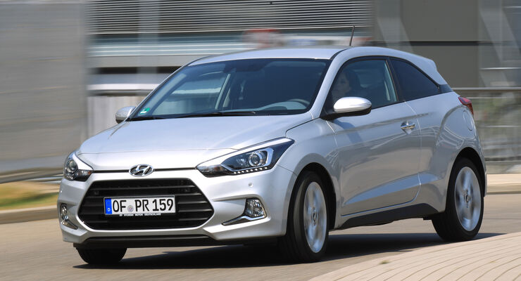hyundai i20 coup 1 4 crdi test 2015 auto motor und sport. Black Bedroom Furniture Sets. Home Design Ideas