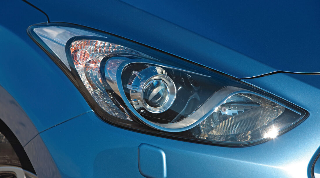 Hyundai i30, Frontscheinwerfer