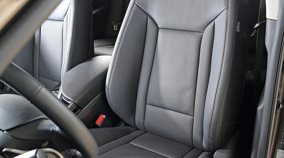 Hyundai i40 Kombi 1.7 CRDi, Fahrersitz