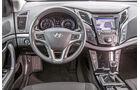 Hyundai i40 cw blue 1.7 CRDi Style, Cockpit, Lenkrad