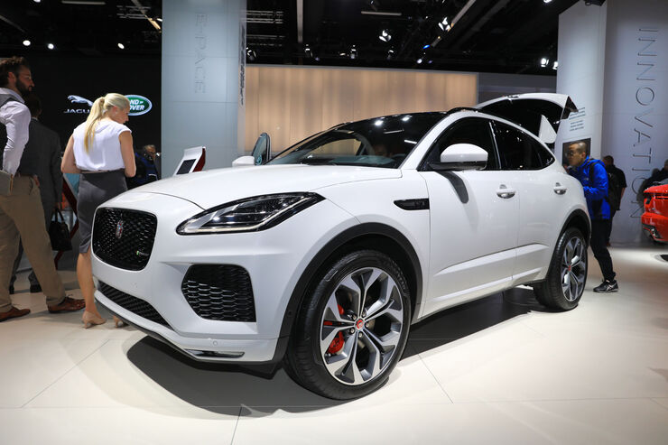 e pace jaguar zeigt kompakt suv auf der iaa 2017 auto motor und sport. Black Bedroom Furniture Sets. Home Design Ideas