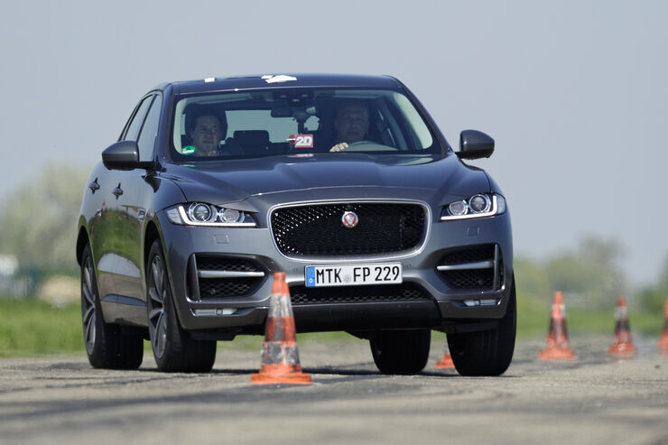 jaguar f pace 30d awd erster raubkatzen suv im test. Black Bedroom Furniture Sets. Home Design Ideas