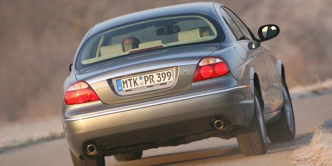 Jaguar S-Type 2.7 D V6, Heckansicht