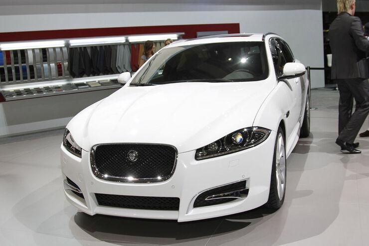 jaguar xf sportbrake auf dem autosalon genf neuer katzen. Black Bedroom Furniture Sets. Home Design Ideas