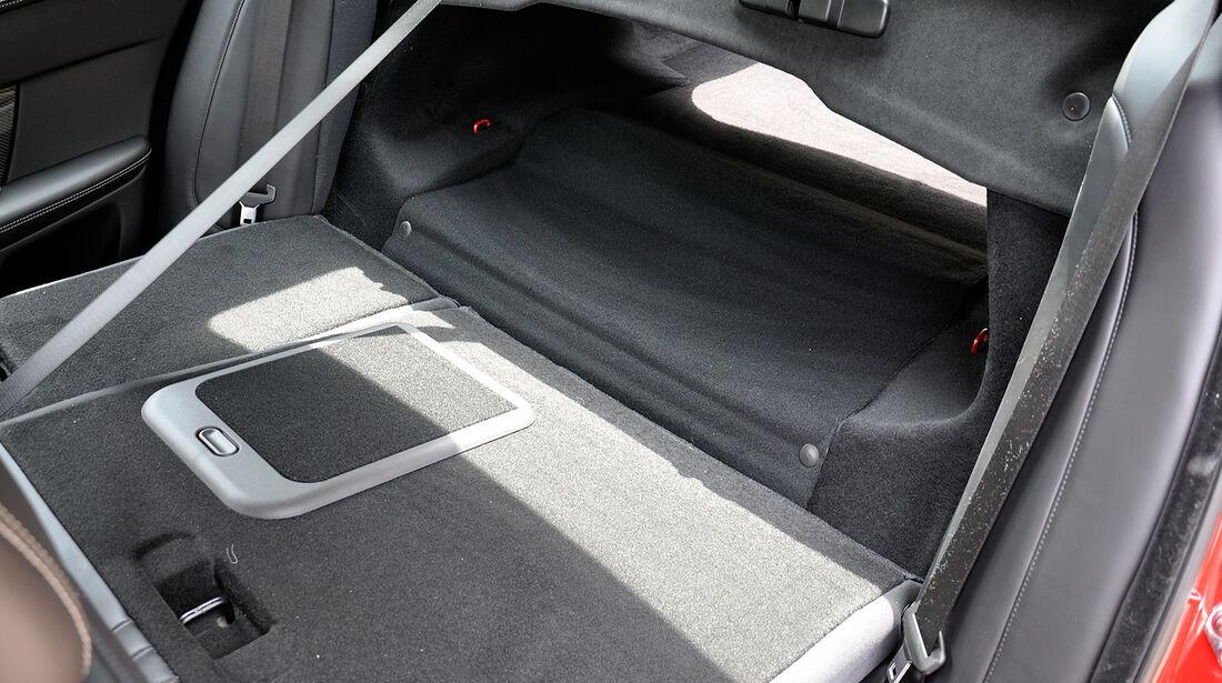 Jaguar XFR, Fond, Rückbank, Kofferraum