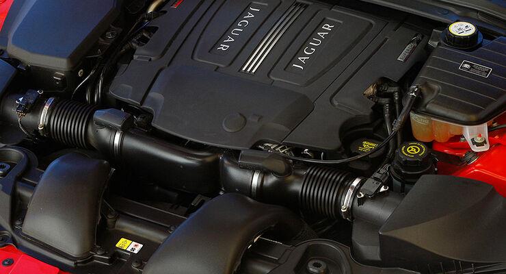 Jaguar XFR, Motor