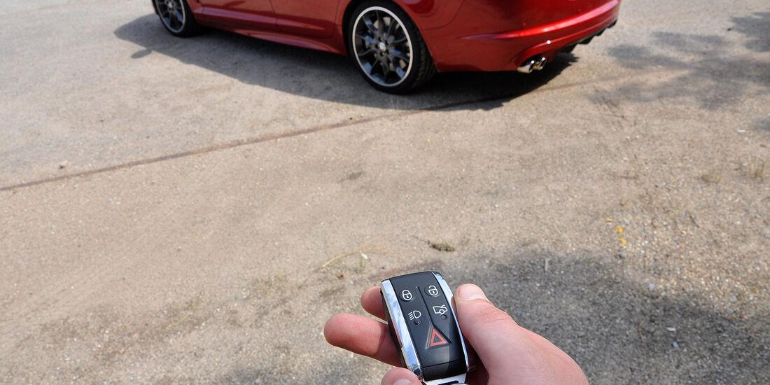 Jaguar XFR, Schlüssel