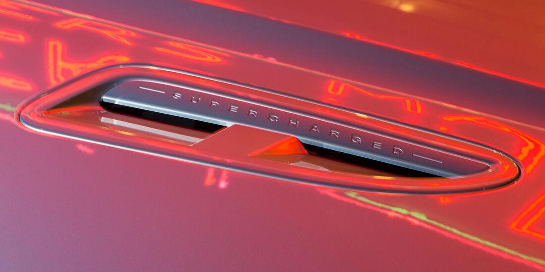 Jaguar XJR, Luftschacht