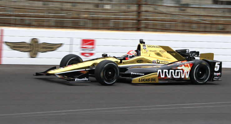 James Hinchcliffe  - Indy 500 - Training 2015