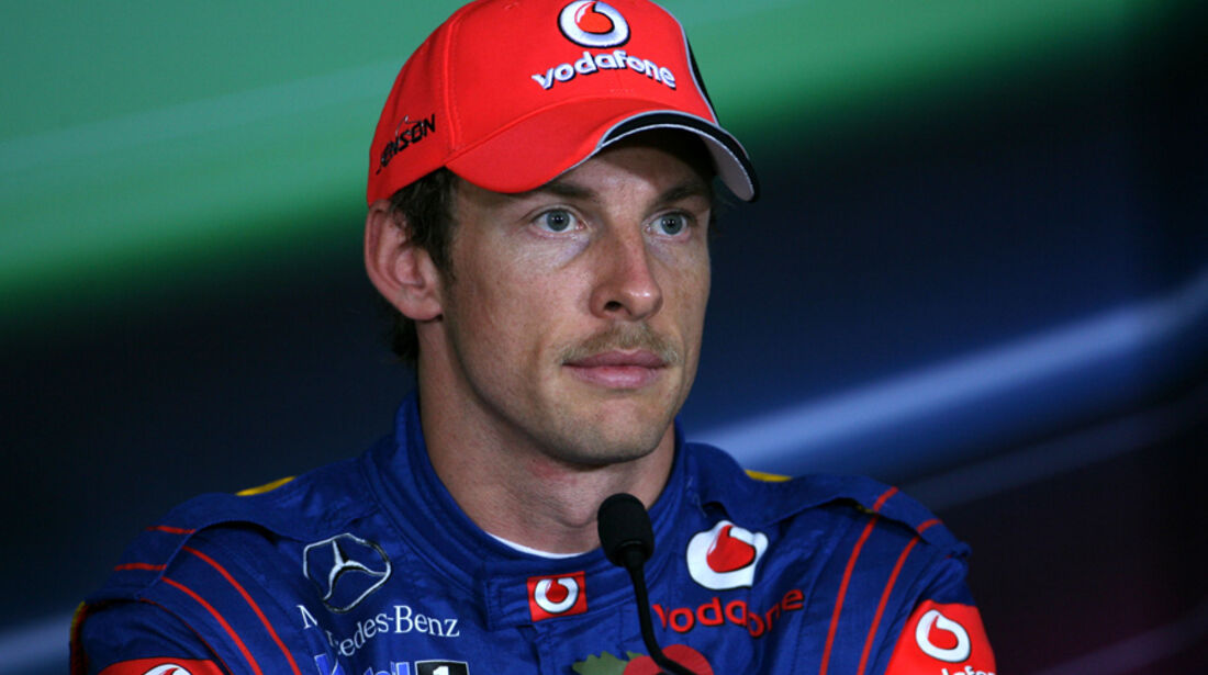 Jenson Button - GP Abu Dhabi - Qualifying - 12.11.2011