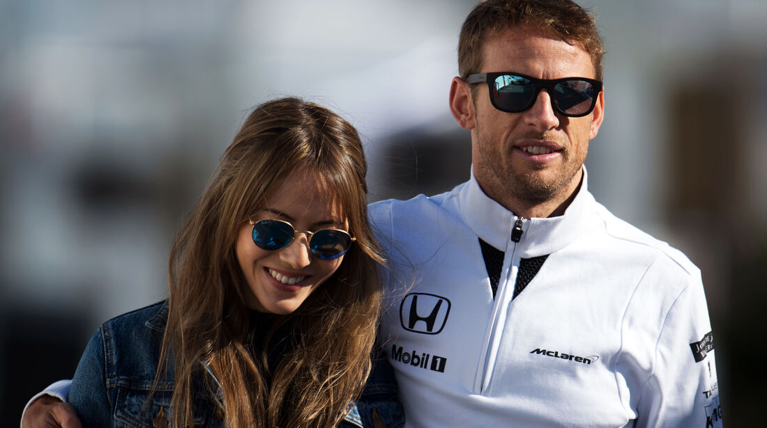 Jenson Button & Jessica Michibata