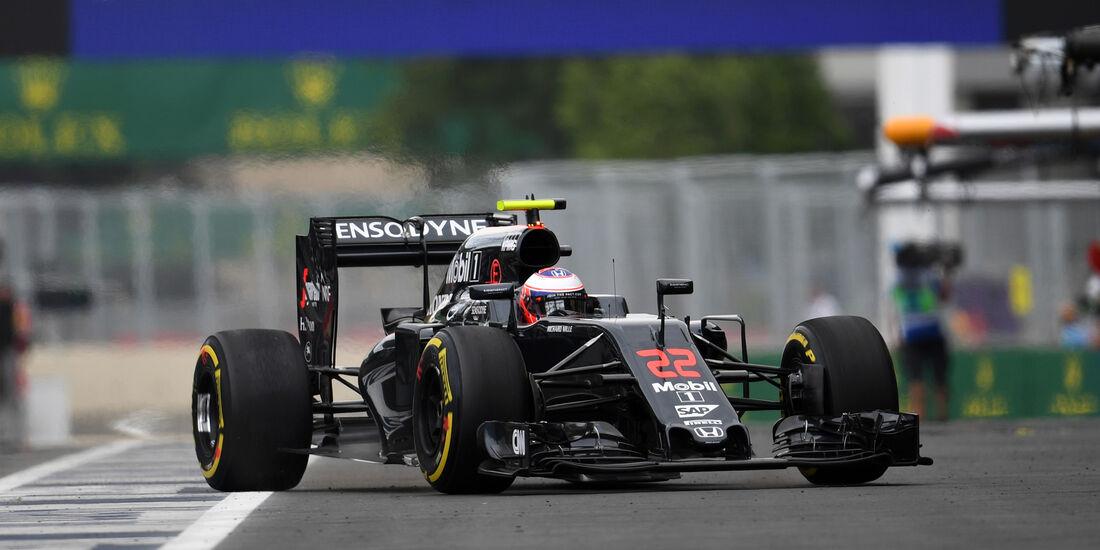 Jenson Button - McLaren - Formel 1 - GP Aserbaidschan - Baku - 17. Juni 2016