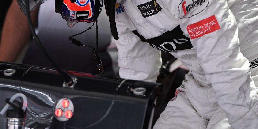 Jenson Button - McLaren-Honda - Formel 1 - GP Japan - Suzuka - Freitag - 7.10.2016