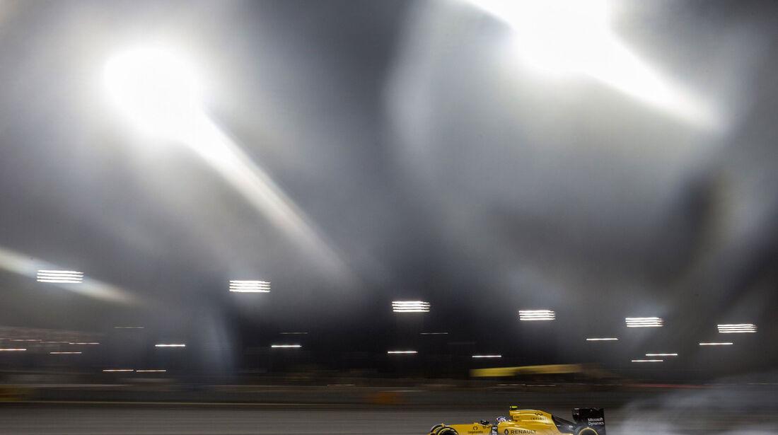 Jolyon Palmer - Renault - GP Bahrain 2016