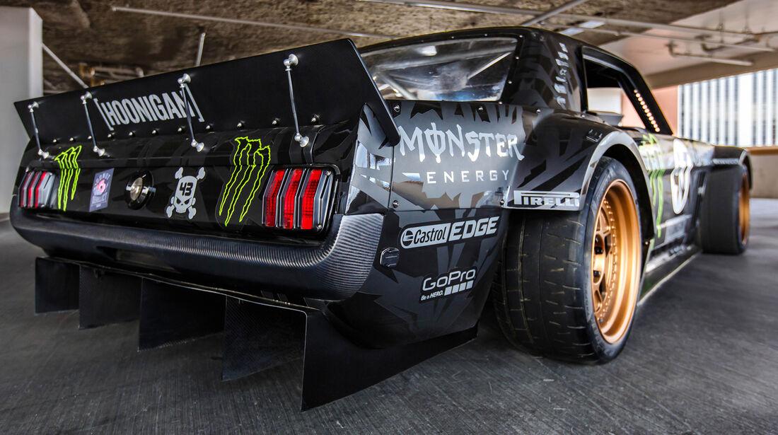 Ken Block - Ford Mustang - Gymkhana 7 - SEMA 2014