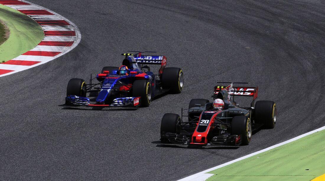Kevin Magnussen - Carlos Sainz - Formel 1 - GP Spanien - 14. Mai 2017