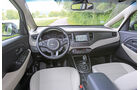 Kia Carens 1.6 GDi, Cockpit, Lenkrad