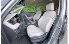 Kia Carens 2.0 GDI, Cockpit, Frontsitz