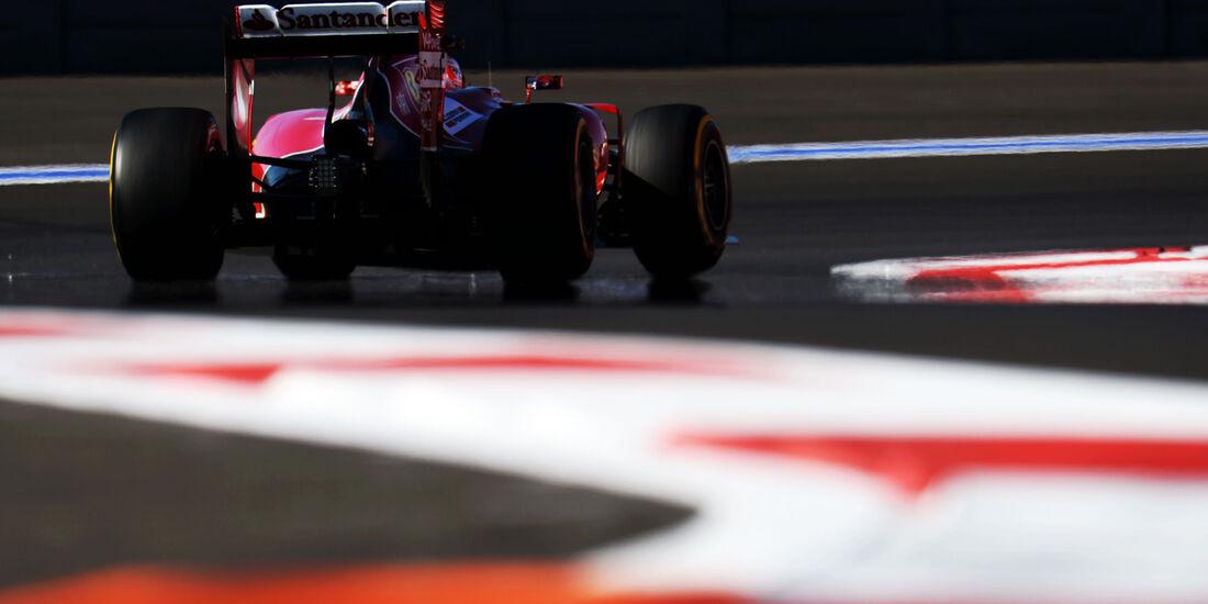 Kimi Räikkönen - Ferrari - Formel 1 - GP Russland - Sochi - 10. Oktober 2014