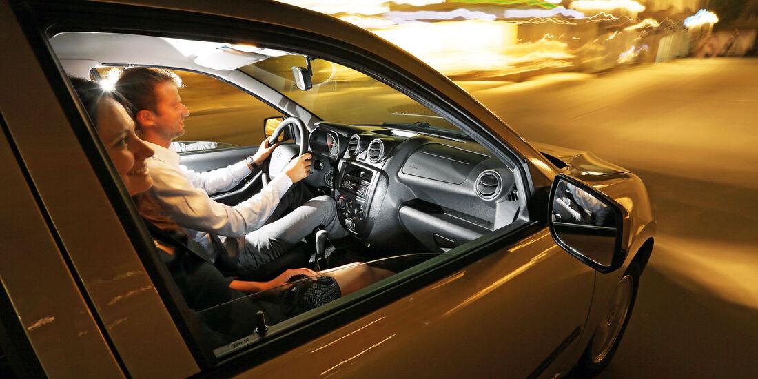 Lada Granta, Cockpit, Fahrersicht