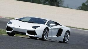 Lamborghini Aventador, Frontansicht, Teststrecke