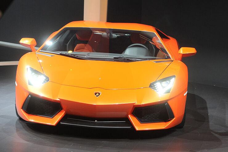 Lamborghini Aventador LP 700-4,