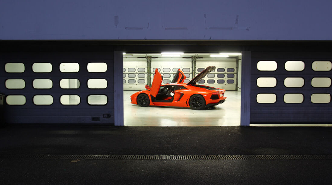 Lamborghini Aventador LP 700-4, Garage