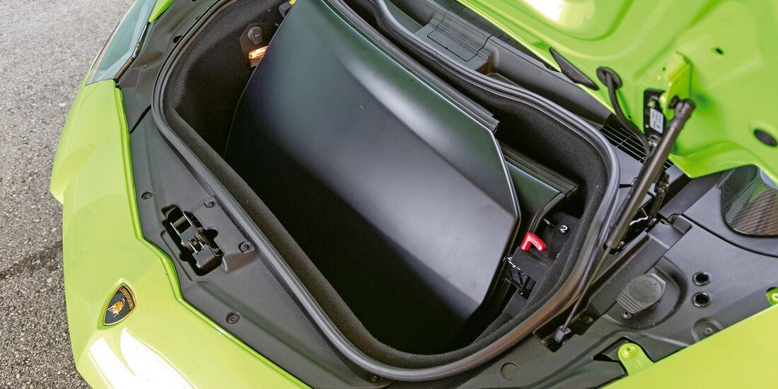 Lamborghini Aventador LP 700-4 Roadster, Bug, Stauraum
