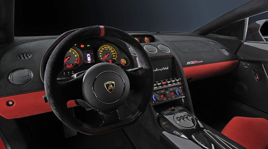 Lamborghini Gallardo LP 570-4 Super Trofeo Stradale, Innenraum