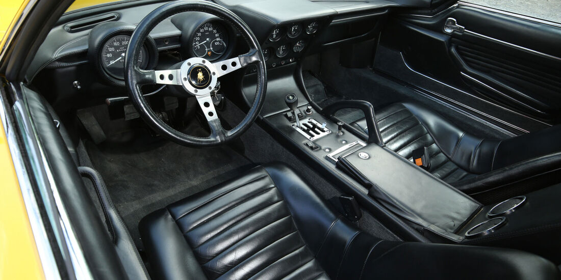 Lamborghini Miura - Sportwagen - Lenkrad - Innenraum