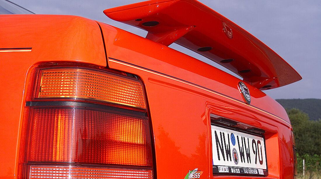 Lancia Thema 8.32 Rückansicht Scheinwerfer
