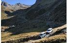 Land Rover Defender 90 TD4, Mercedes-Benz G 280 CDI Edition Pur auf Bergweg unterwegs