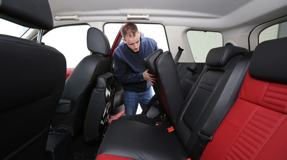 Land Rover Freelander 2.2 SD4, Rücksitz, Umklappen