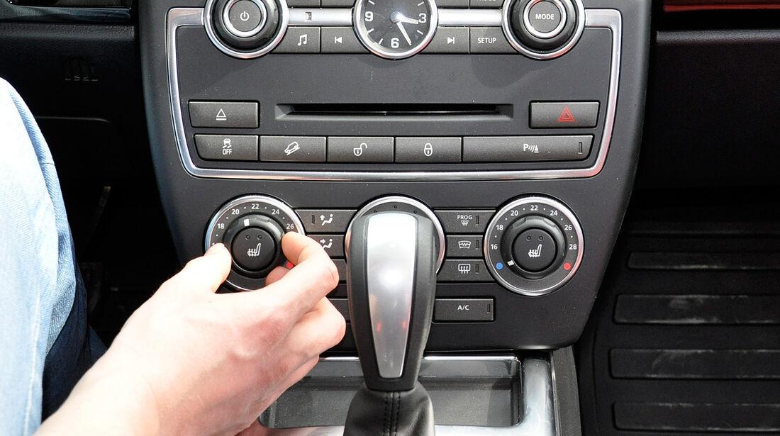Land Rover Freelander 2.2 TD4, Mittelkonsole, Klimaautomatik