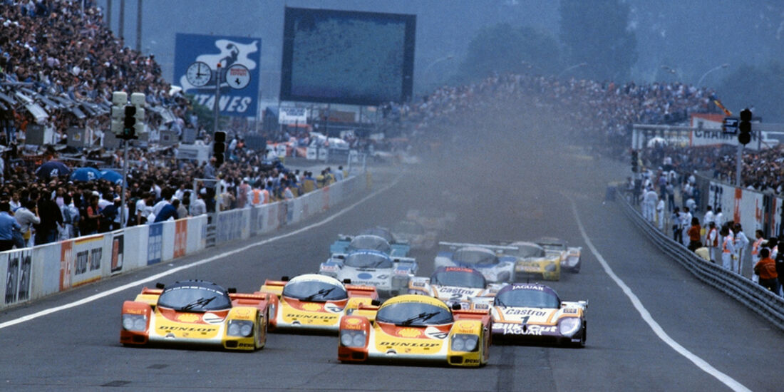 Le Mans Start Porsche Jaguar
