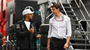 Lewis Hamilton - Toto Wolff - Mercedes