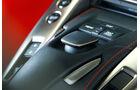 Lexus LFA, Detail, Mittelkonsole