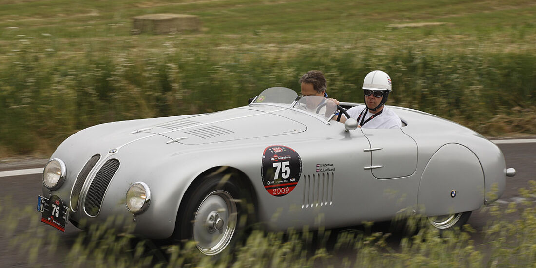 Lord March im BMW Mille Miglia Touring Roadster.