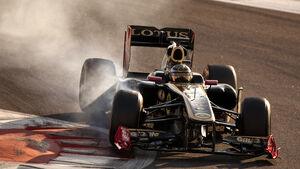 Lotus Renault R31 Abu Dhabi Young Driver Test 2011