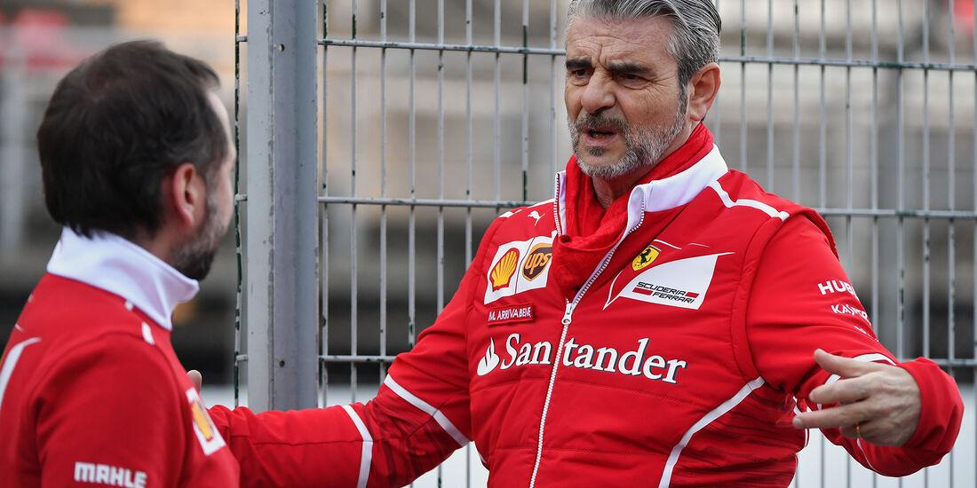 Maurizio Arrivabene - Ferrari - Formel 1 - Test - Barcelona - 7. März 2017