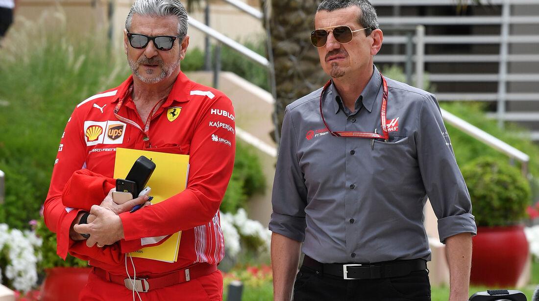 Maurizio Arrivabene & Günther Steiner - Formel 1 - GP Bahrain - Training - 6. April 2018