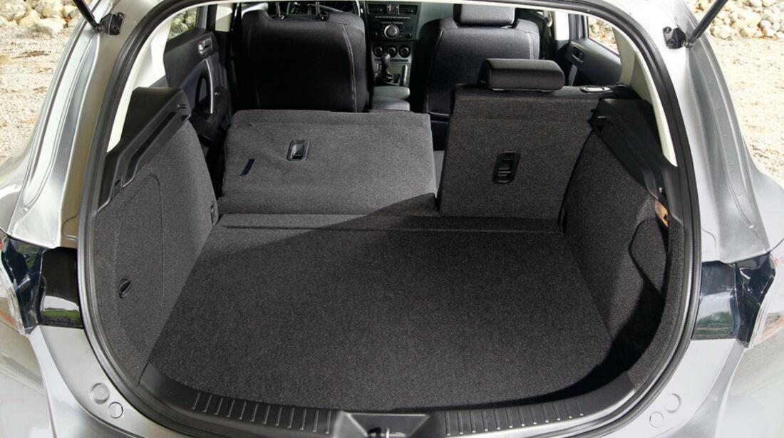 Mazda 3 2.0 MZR i-STOP, Kofferraum, Ladefläche