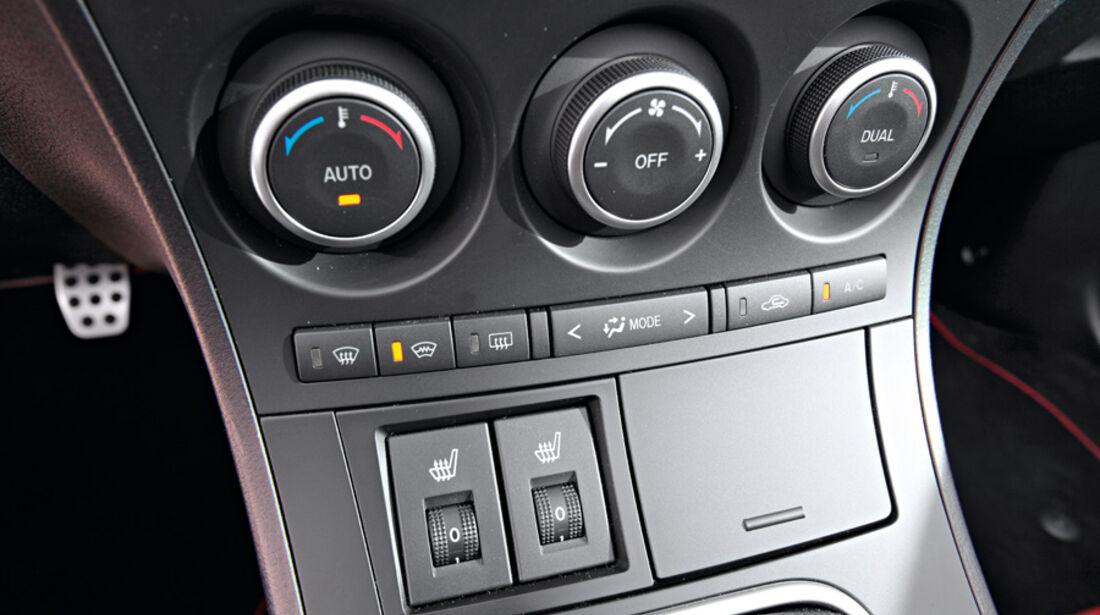 Mazda 3, Mittelkonsole