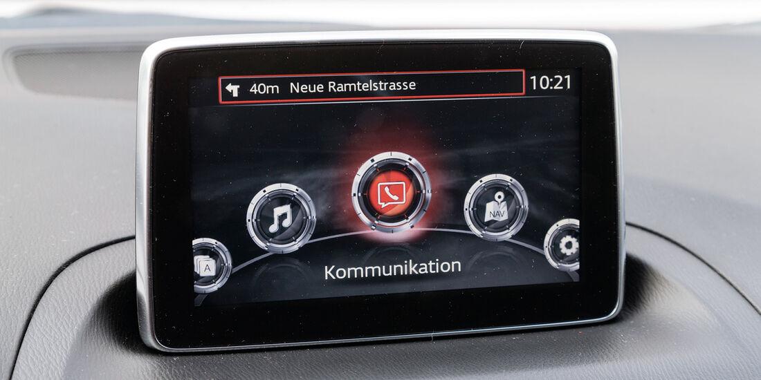 Mazda 3 Skyactive G 120, Display