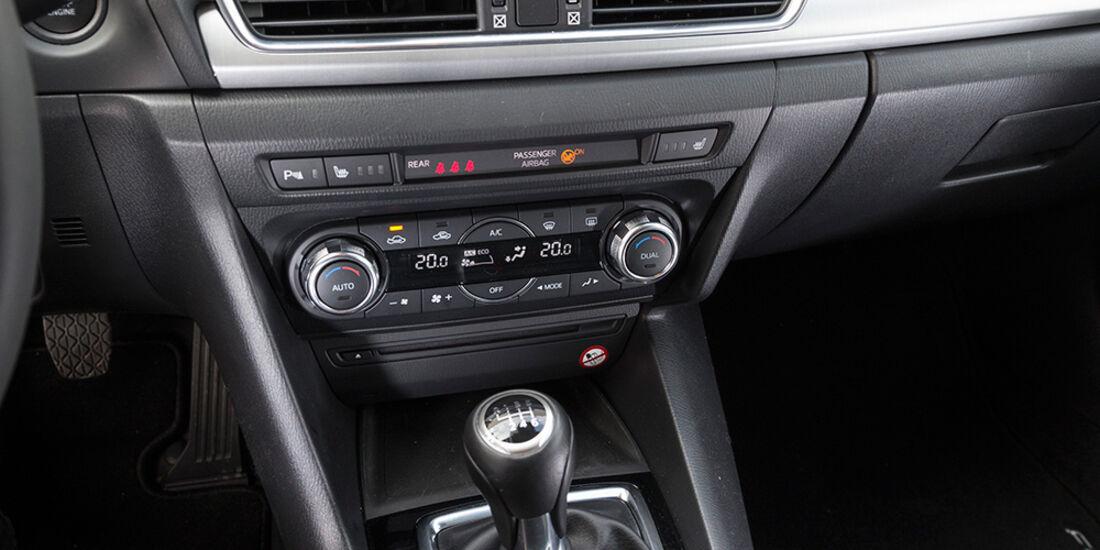 Mazda 3 Skyactive G 120, Mittelkonsole