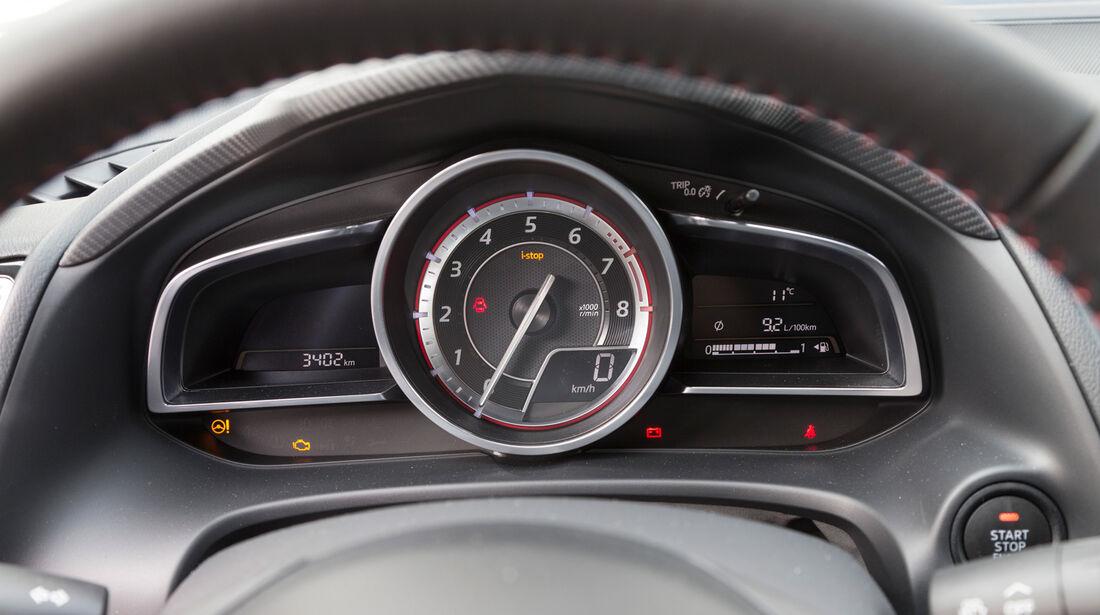 Mazda 3 Skyactive G 120, Rundinstrumente