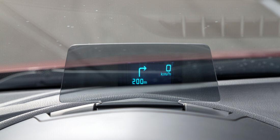 Mazda 3 Skyactive G 120, Scheibenprojektion