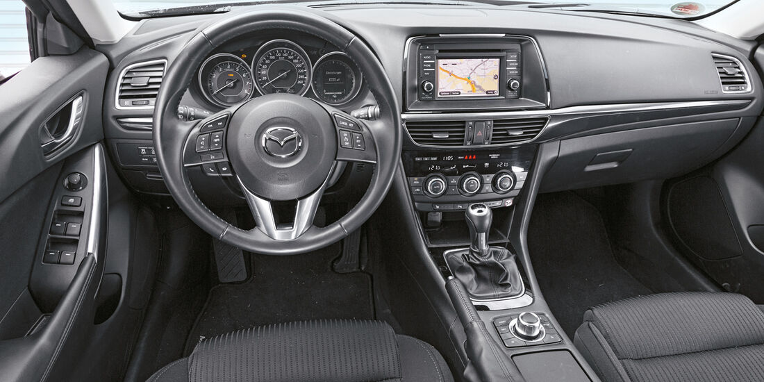 Mazda 6 2.0i, Cockpit, Lenkrad